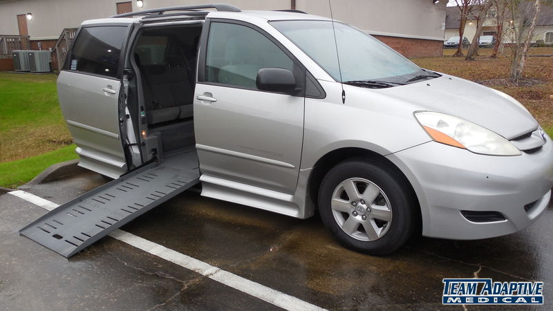 Perkinston Ms Wheelchair, Vans 2009 Toyota Sienna BraunAbility Toyota Rampvan XTwheelchair van for sale